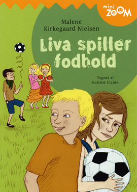 Liva spiller fodbold